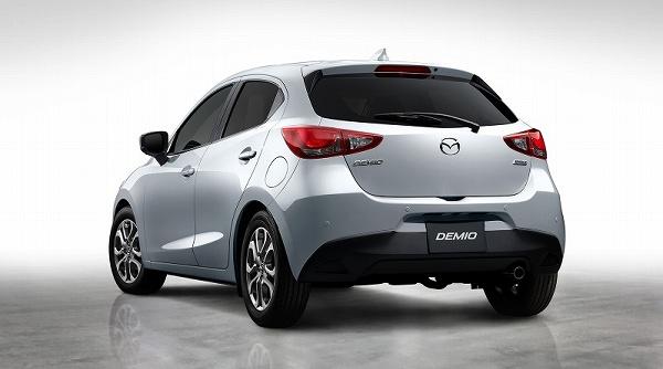 2019 - [Mazda] Mazda 2 restylée 20180517_demio1