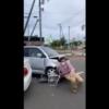 これは怖すぎる…北海道・苫小牧にて初心者マークをつけた軽自動車が暴走→自転車の男性をはねる→別の車両に躊躇なく追突などの殺人未遂も【動画有】
