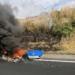 常盤道にて、ロータス「ヨーロッパ」が大炎上。オイル漏れやエンジン不具合等が原因か?
