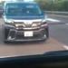 東名高速にて、トヨタ「ヴェルファイア」がクラクション連発&エアガンで発砲するあおり運転が問題に。ただし、あおられている車両にも問題アリと考えるその理由とは?【動画有】