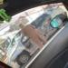 今日のプリウス…コンビニにて身ぐるみを剥がされたかのようなボロボロのトヨタ「プリウス」が登場。キャンピングカー風の「プリウス」も?