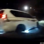 トヨタ・ランドクルーザー・プラドのあおり運転&幅寄せ→バランスを崩して自爆する動画にまたまた新たな事実。やはり原因は煽られていたドライバーに問題があった模様【動画有】
