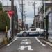 日本屈指の超高級車販売店・ビンゴスポーツ(BINGO SPORTS)が美しいスーパーカー達を公開。ミスマッチなようで意外とマッチしているマセラティ「MC12」と日本のコラボショット他
