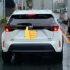 トヨタ新型ヤリス・クロスのテストカーが目撃に!ブレーキランプやリヤウィンカーはこうなって点灯する!ルーフレール装着&ホワイトパールの珍しいヤツ!