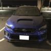 一体なぜ?群馬県のイオンモール太田にスバルWRX STI S208が放置されている模様。埃だらけでも状態は良さそうだが、盗難車の可能性も