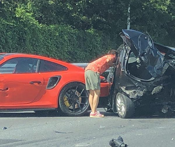 事故 ドラレコ ポルシェ
