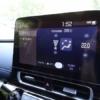 フルモデルチェンジ版・トヨタ新型アクアのココが残念!「風向・風量調整はディスプレイ操作のみで物理スイッチ無し」「リクライニング機能無し」等…