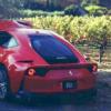 カー・オブ・ザ・イヤーのイベント中にフェラーリ「812スーパーファスト」がクラッシ