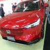 レッドカラーのフルモデルチェンジ版・ホンダ新型ヴェゼルを実車インプレッション!4W