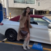 自動車系YouTuberのマギーさんが、自身の愛車メルセデスベンツCクラス・カブリオレを