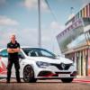 ニュルブルクリンクにてFF市販車最速記録を更新したルノー「メガーヌRSトロフィーR(Me