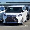 遂に来た!日本国内にてレクサス初のフラッグシップミニバン「LM300h」が目撃される。