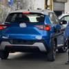 日産・新型マグナイトの量産モデルをスパイショット!ブルー&ホワイトの2トーンカラ