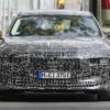 本当にこの顔で登場するのか?BMW新型i7の開発車両がスパイショットされる!ヘッドラ