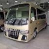 やはり中国は凄い!トヨタのマイクロバス「コースター」に新型「アルファード」のオラ