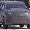 フルモデルチェンジ版・レクサス新型LXの開発車両を再びスパイショット!カモフラージ