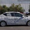 今度はセダンだ。オペルの新型「コルサ・セダン」の開発車両を捕捉