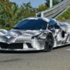 遂に来た!ラ・フェラーリの後継モデルと思われる開発車両を初スパイショット。コイツ