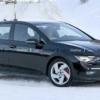 フルモデルチェンジ版・フォルクスワーゲン新型「ゴルフGTI」の開発車両がほぼ偽装無