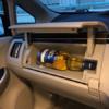 今日のプリウス…トヨタ「プリウス」のグローブボックスにワイン等のお酒がぴったり収