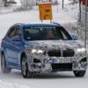 BMW・新型「X1」の開発車両がまたまた登場。外観はアグレッシブに、燃費向上、最新技