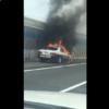 原因は一体何?兵庫県の阪神高速道路にてトヨタ・クラウンのパトカーが大炎上。更にマ