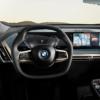 BMWの新世代コックピット「iDrive8システム」を世界初公開!何とセンターディスプレイ