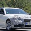 マイナーチェンジ版・BMW新型「5シリーズ」の開発車両を初めてキャッチ。やっぱりキド