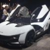 ジュネーブにて、インド・タタがバタフライ・ドア式の軽量スポーツ「タモ・ラセモ」を