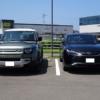 【マジでデカい…】フルモデルチェンジ版・トヨタ新型ハリアーとランドローバー新型デ