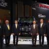 トヨタ「ハイエース」ベースの新型・高級ミニバン「マジェスティ」が突如として世界初