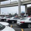 警察のパトカーが首都高・大黒PAにて悪質駐車&長時間駐車のオフ会を開催している?と