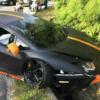 マレーシアにて、マットブラックとオレンジのランボルギーニ「アヴェンタドール」がク