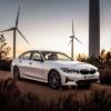 BMWの新型「3シリーズ」よりPHVモデル「330e」に関する情報が公開。ピーク出力288馬力